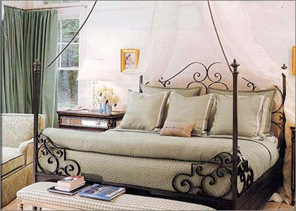 Queen Size Canopy Beds-Metal, Wood