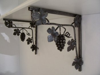 Wrought Iron Shelf Bracket 1
